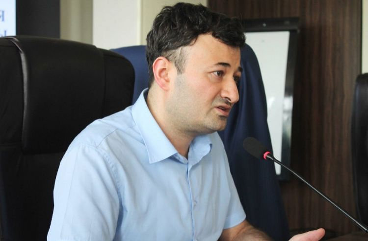 """"""" Now, Armenians have two choices: Either they accept the situation or leave the country """" - Rovshan Ibrahimov"""