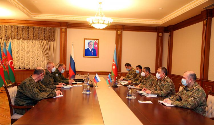 Defense Minister meets with the Commander of the peacekeeping forces deployed in the Nagorno-Karabakh region of Azerbaijan