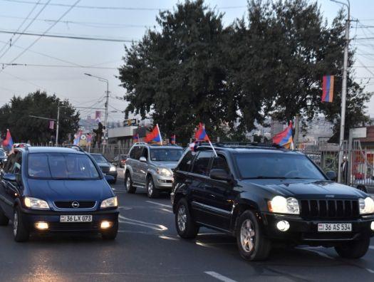 Автопробег с требованием отставки Пашиняна в Ереване