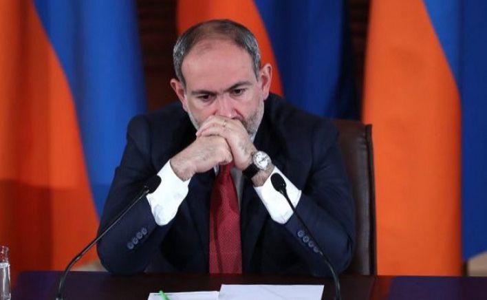 Ordudan qovulmalar, Paşinyana istefa istəyi - Ermənistanda siyasi hərarət artır
