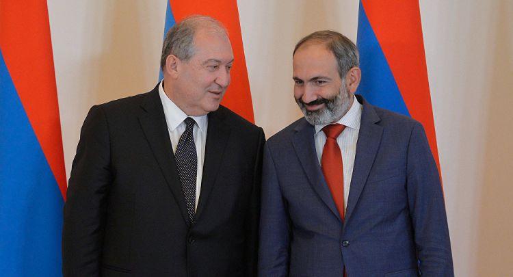 Ermənistan prezidenti Paşinyanın tərəfinə keçdi?