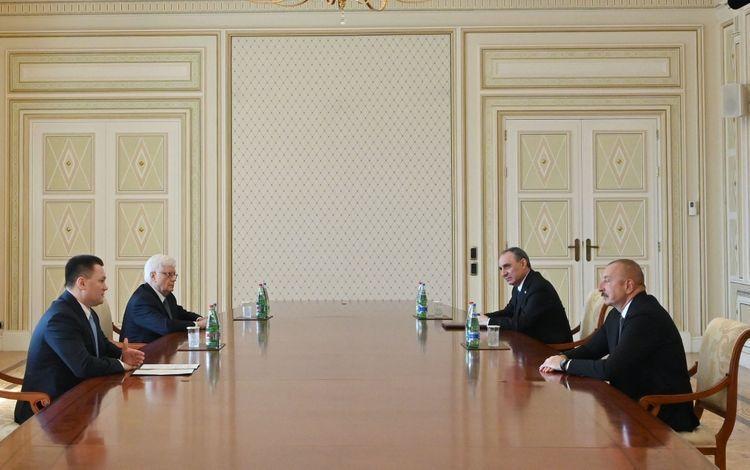 Президент Ильхам Алиев принял генпрокурора России Игоря Краснова