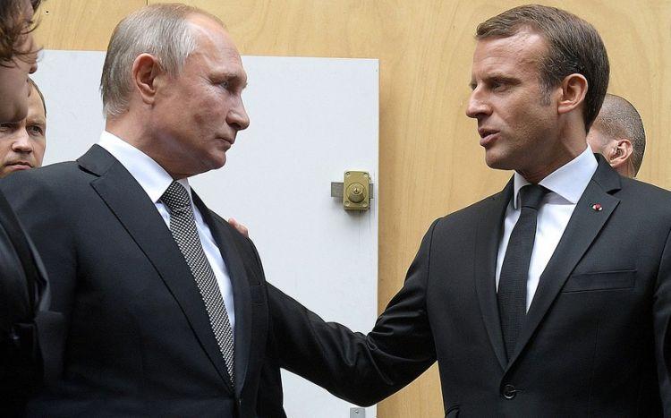 Макрон намерен провести переговоры с Путиным