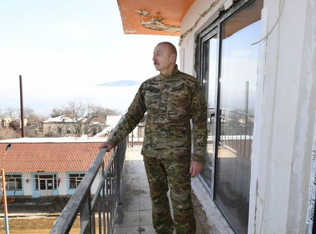 Prezident İlham Əliyev Şuşada yeni məscidin təməlini qoyub