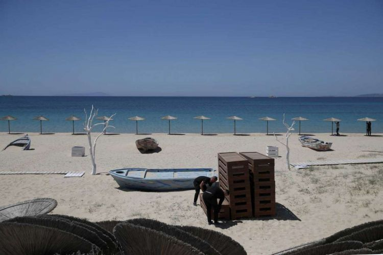 en/news/culture/460279-greece-joins-mediterranean-race-to-win-back-tourists