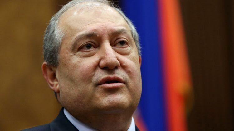"""""""سركسيان شخصية ضعيفة للغاية وتصريحاته غير ذات صلة""""- علي موسى ابراهيموف"""