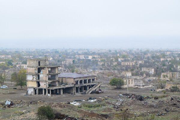 Азербайджан передал Армении 15 задержанных армян в обмен на карты минных полей Агдамского района - ФОТО