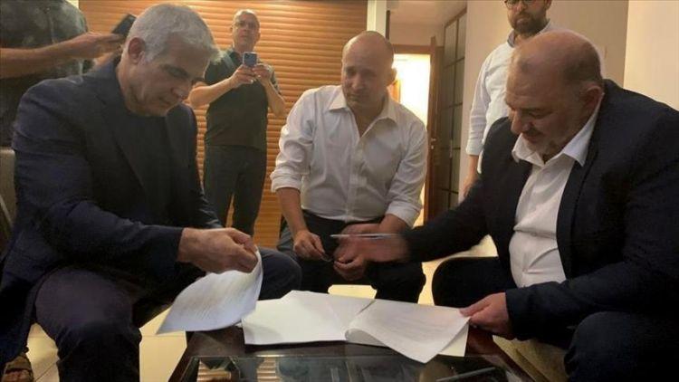 Naftali Bennett secures Knesset votes, ending Netanyahu era