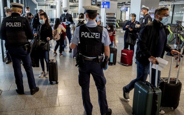 Германия открывает границы для привитых иностранцев
