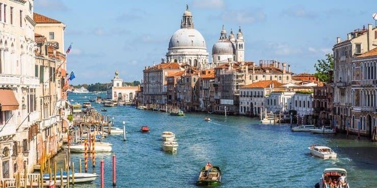 """ЮНЕСКО рекомендовала внести Венецию и Будапешт в список Всемирного наследия, """"находящегося под угрозой"""""""