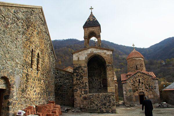 ru/news/culture/468522-podqotovlen-ottchet-o-prisvoenii-armeniey-istoritcheskoqo-i-kulturnoqo-naslediya-azerbaydjana
