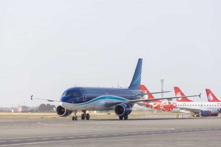 مجلس الوزراء يدرج تعديلات في قواعد دخول البلد التعديلات تلزم شركات الطيران بالقواعد وتتوعد بسحب الرخصة