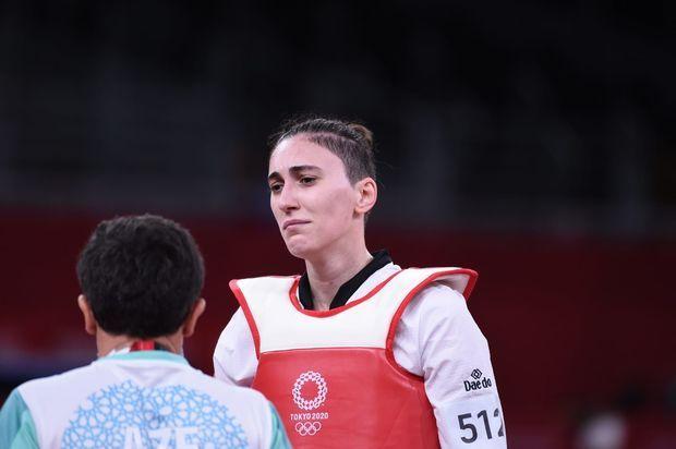 az/news/sport/470440-qadin-taekvondocumuz-olimpiadada-mubarizeni-dayandirdi
