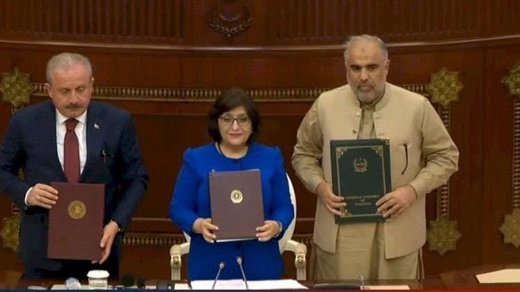 Спикеры парламентов Азербайджана, Турции и Пакистана подписали декларацию