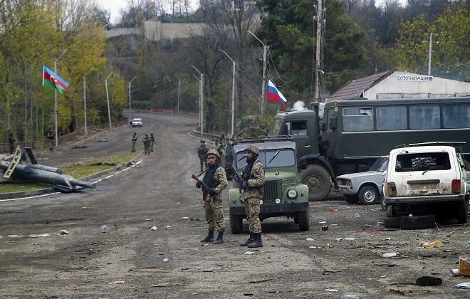 القوات الروسية قادمة إلى الحدود - مناورات استراتيجية لباكو - الصور الفوتوغرافية