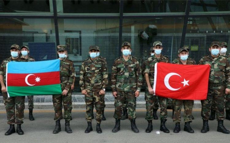 Очередная группа МЧС Азербайджана по территории Грузии направляется в Турцию - ВИДЕО