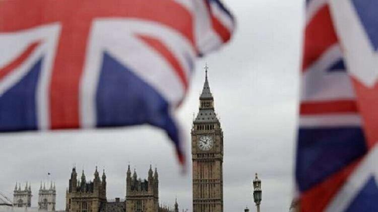 لندن تستدعي السفير الإيراني بعد هجوم على ناقلة نفط بخليج عمان