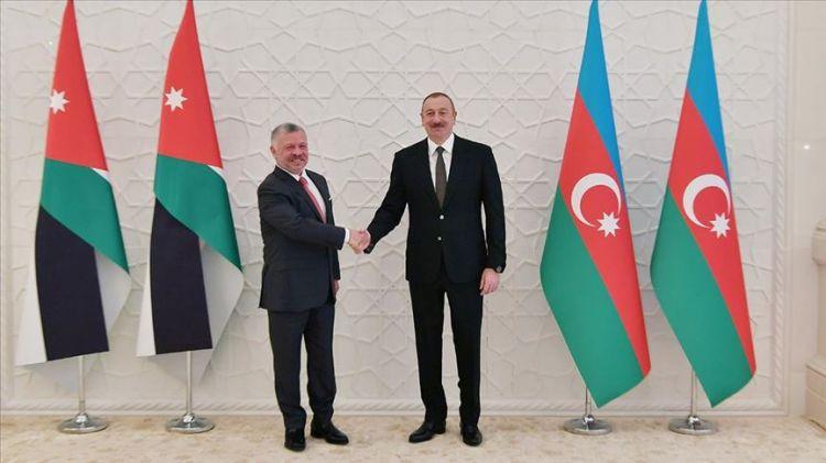 بحث سبل تطوير العلاقات بين أذربيجان والأردن