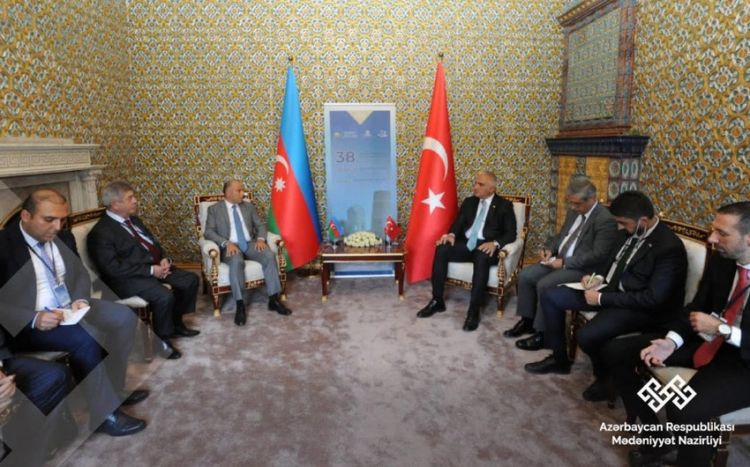 en/news/culture/478973-turkey-azerbaijan-to-sign-new-document-cultural-policy