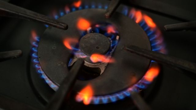 UK gas crisis set to drive up cost of living, with taxpayers left to foot bill for rescuing energy firms