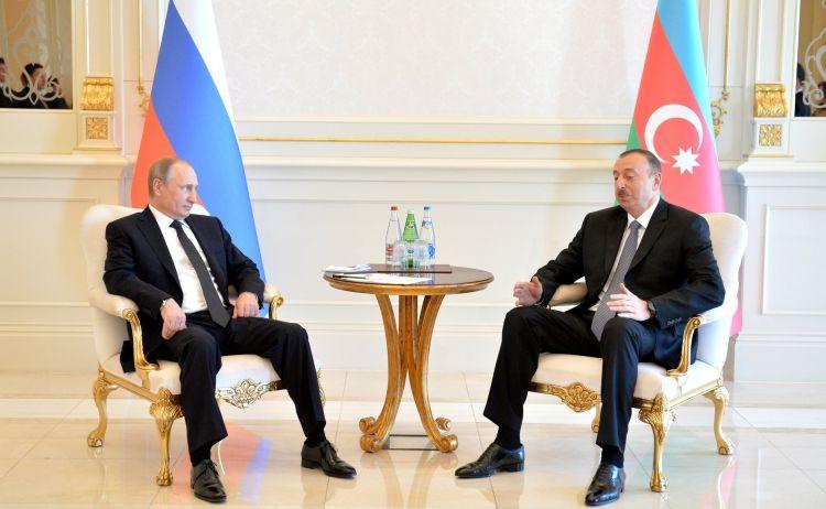 İlham Əliyev müsahibədə açıqladı - Putin xahiş etdi ki, Paşinyan...