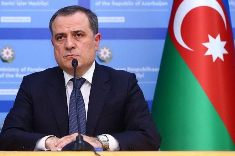 Azerbaijani, French FMs agree to deepen political, economic ties