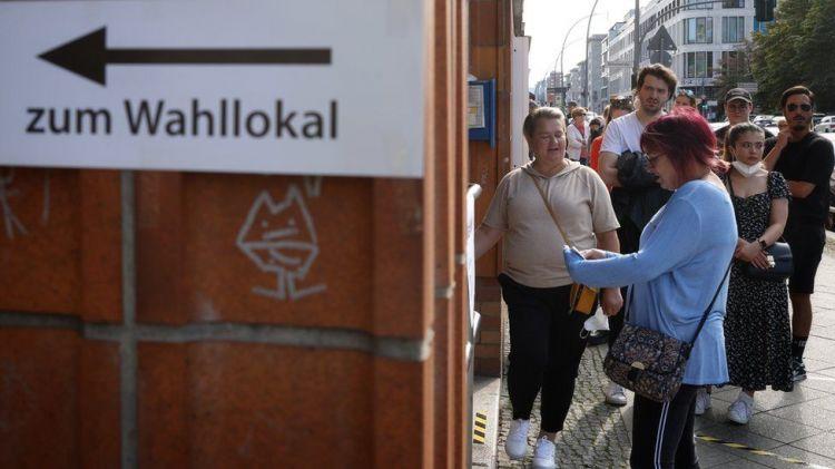 Social Democrat party beats Merkel's conservative party - German electionsg