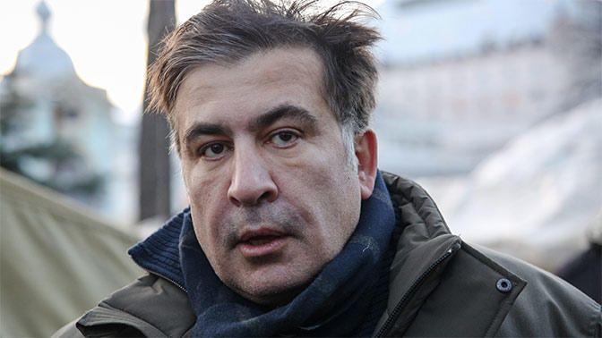Polislər Saakaşvili ilə selfi çəkdirirdi - Xerxeulidze