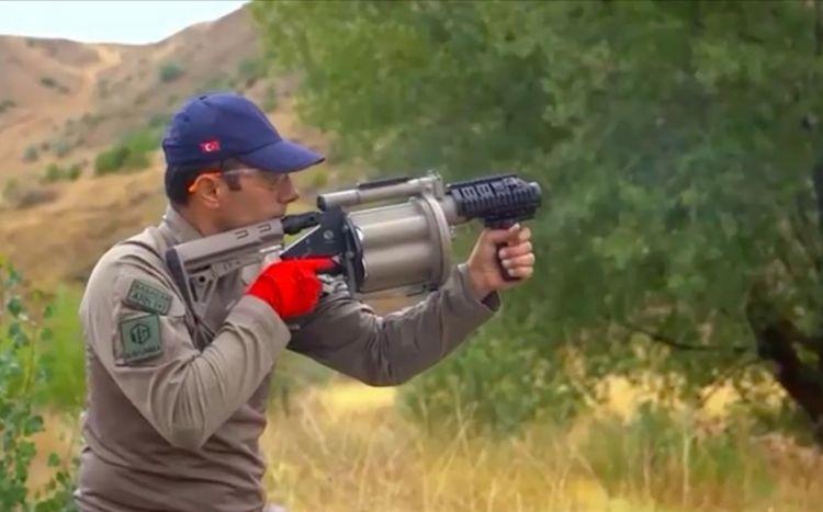 Турецкую армию вооружат отечественным ручным гранатометом - ФОТО