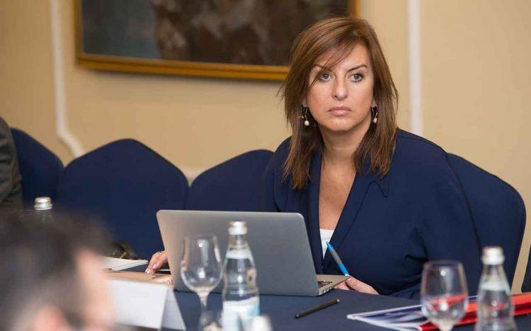 Очень обидно и жаль, что между Тегераном и Баку настолько испортились отношения - Лана Раванди-Фадаиg