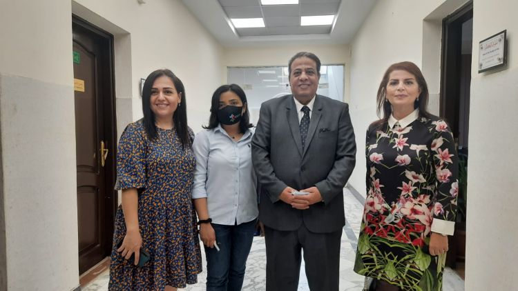 وفد من جمهورية أذربيجان في زيارة لكلية الآداب بجامعة عين شمس - صور