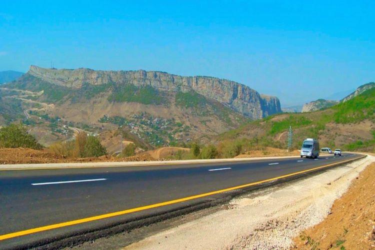 Обнародовано текущее состояние дорожных проектов, реализуемых в Карабахе и Восточном Зангезуре - ВИДЕО