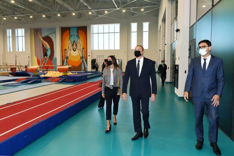 Президент и первая леди ознакомились с условиями, созданными в новом тренировочном здании Национальной гимнастической арены