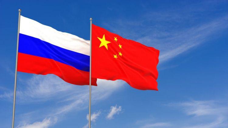 هل يساهم الغرب في تزايد نفوذ محور الصين وروسيا؟ ..الناتو يحذر من عواقب تقارب البلدين .. ومؤشرات على تحسن العلاقات بين واشنطن وموسكو