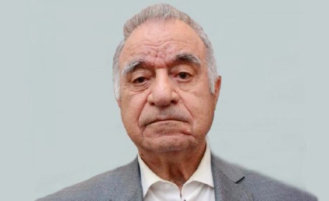 az/news/sience/485163-amea-muxbir-uzvu-professor-arif